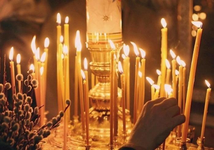 ... ставить свечу :: Религия :: KakProsto.ru: как: www.kakprosto.ru/kak-120642-kak-v-cerkvi-stavit-svechku-za-zdravie