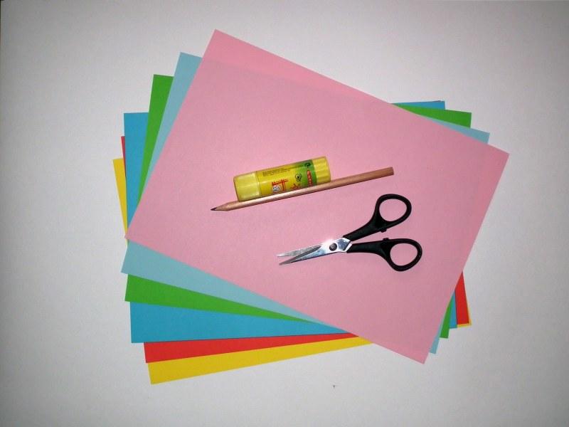 Как сделать открытку своими руками из бумаги без клея и ножниц