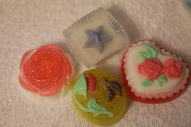Мыло своими руками с цветами
