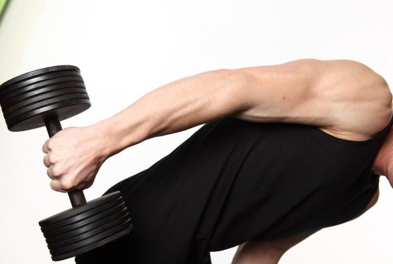 как убрать жир с боков спины мужчине