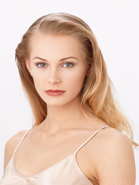 Народные средства для удаления волос на подбородке у женщин