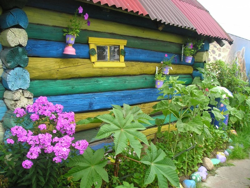Как покрасить дом на даче своими руками 58
