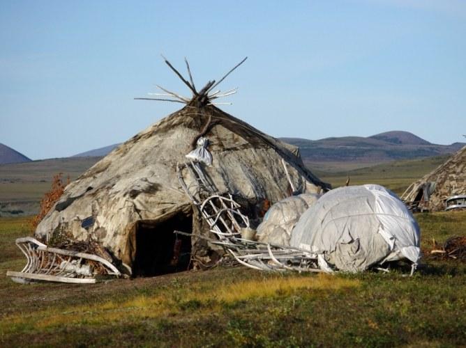 Как выглядит традиционное жилище чукчей жилище чукчи Разное