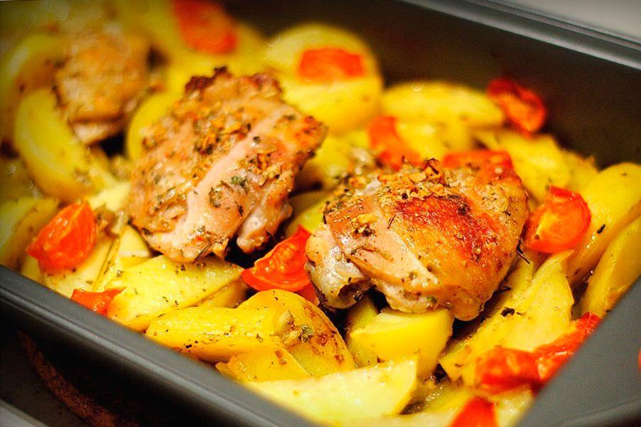 приготовить форель с картошкой в духовке рецепт