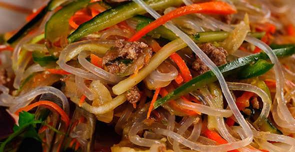 Какие блюда можно приготовить из рисовой лапши