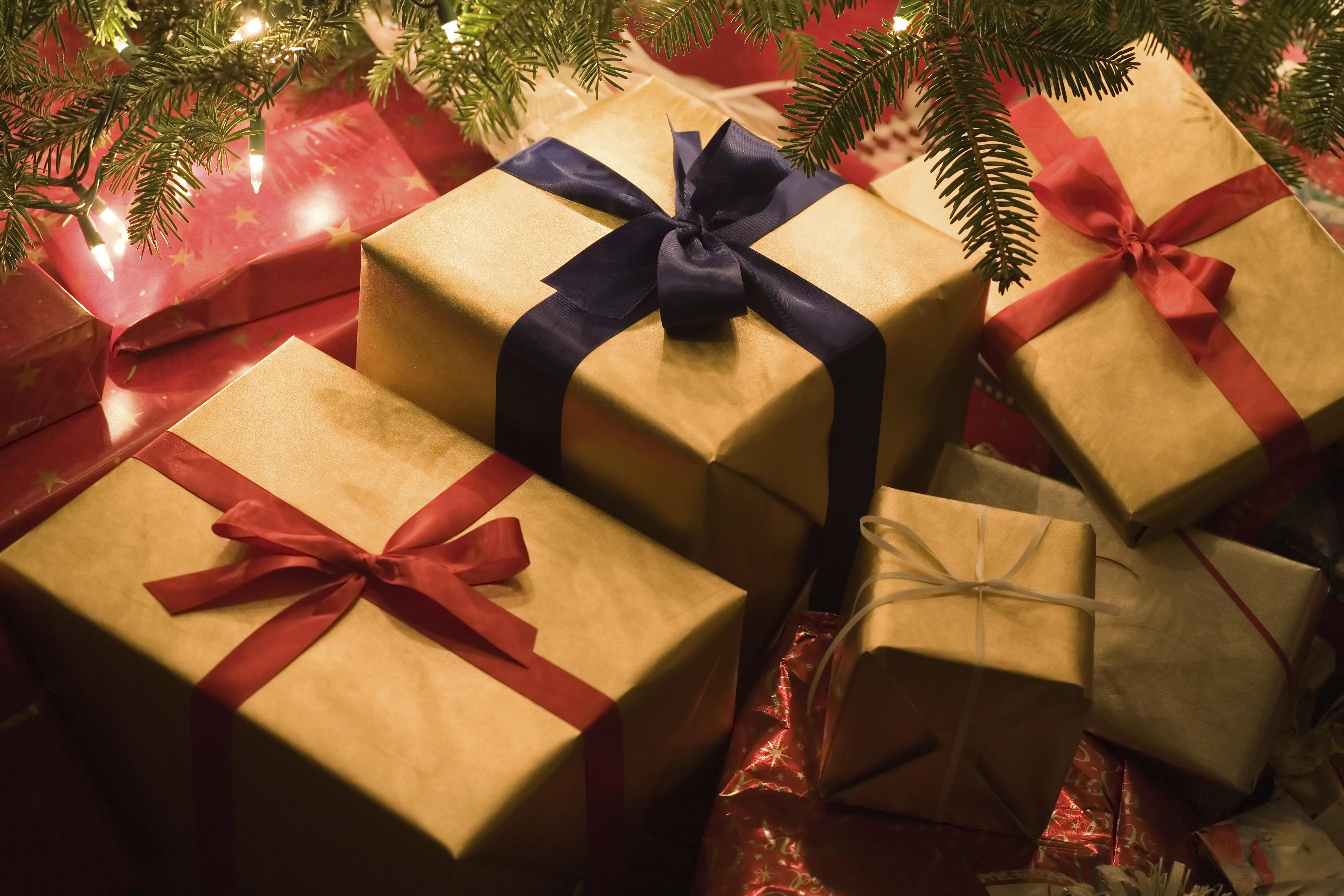 Как можно сделать новогодние подарки своими руками
