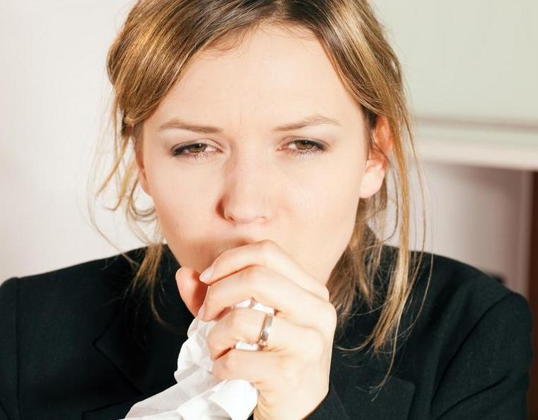 сухой кашель при аллергии на амброзию