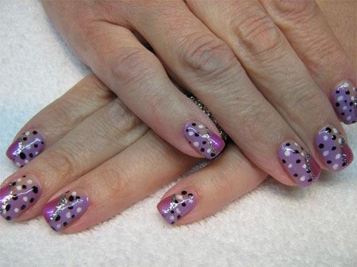 точечный рисунок на ногтях фото