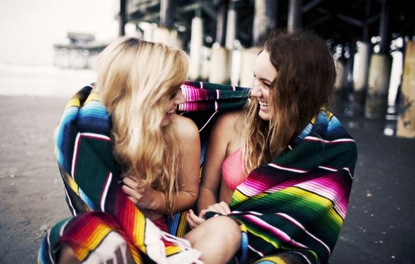 Как сделать фото с подругой