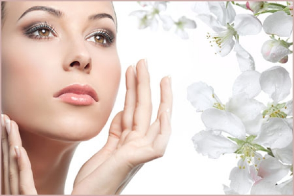 How to apply a skin cream
