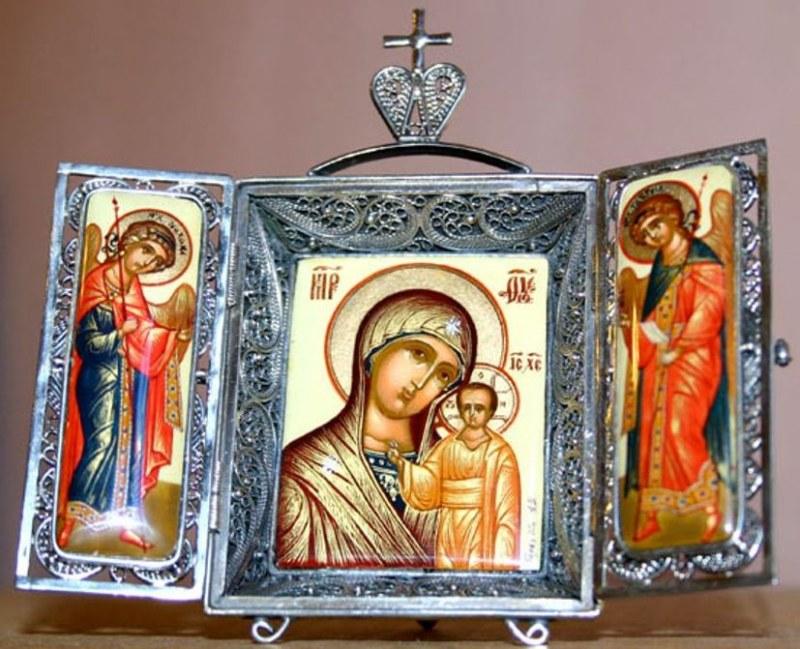 Вас как выбрать икону в подарок только сохранит Ваше