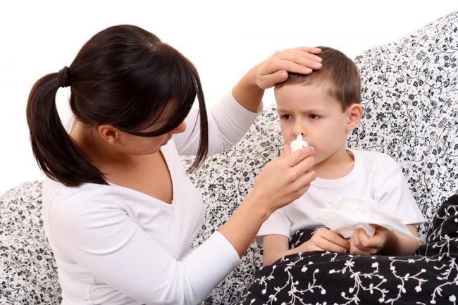 Что делать если заусенец у ребенка на пальце нарывает