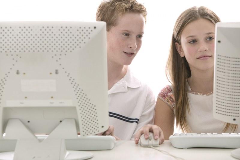 сайты знакомств для подростков украина