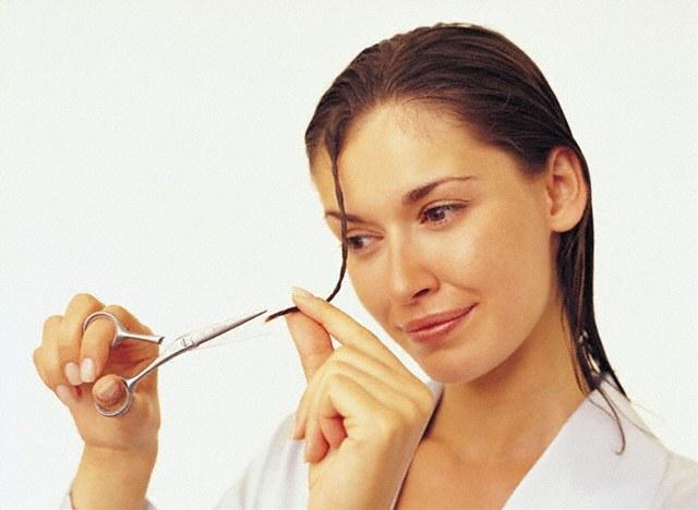 Как предотвратить сечение и сухость кончиков волослечениеуход за кончиками волос