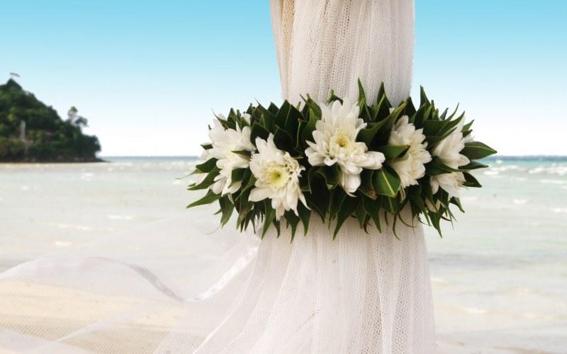 1 год со дня свадьбы что подарить