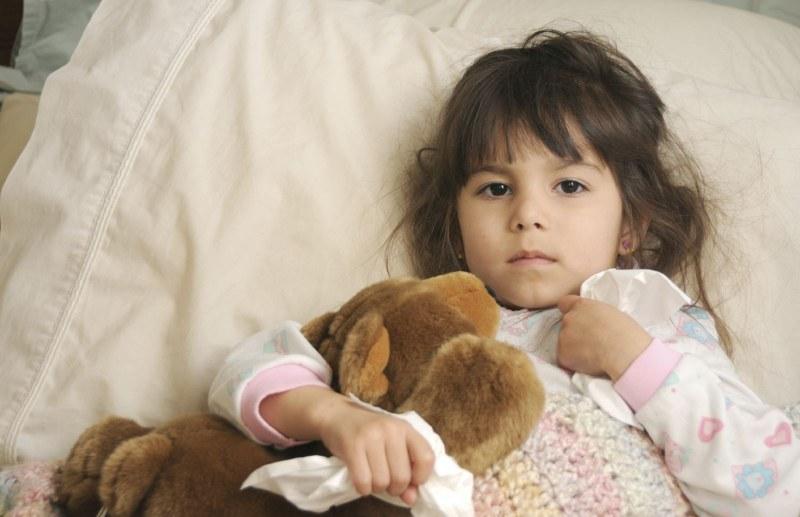 Как лечить кашель у ребенка в домашних условиях