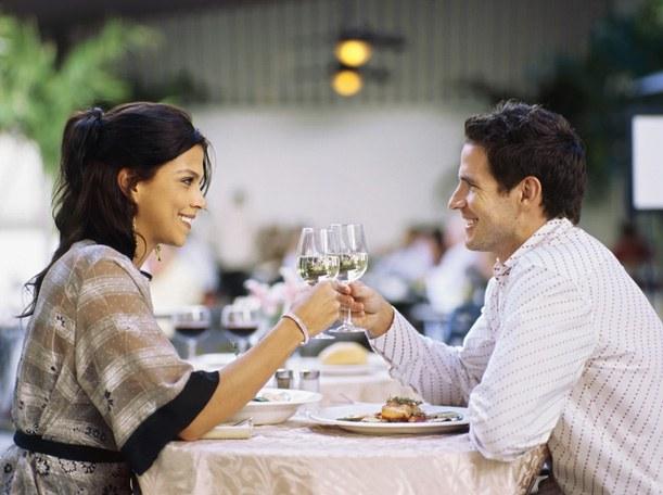 как провести первую годовщину знакомства