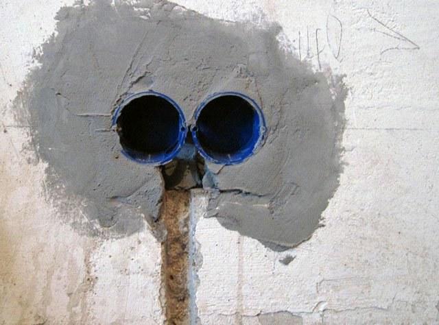 установка подрозетников в бетоне