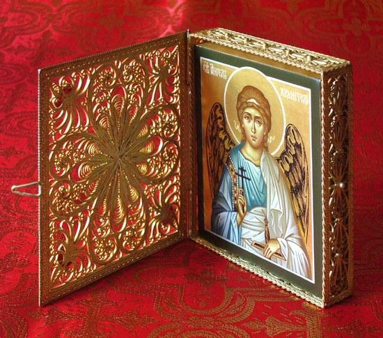 Можно ли принимать крест в подарок