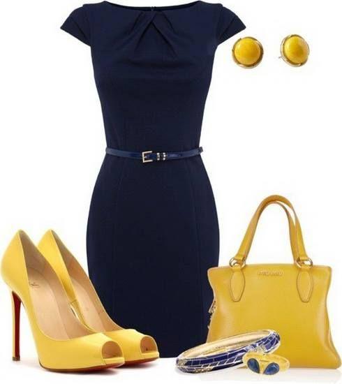 одежда желтого цвета в гардеробе фото