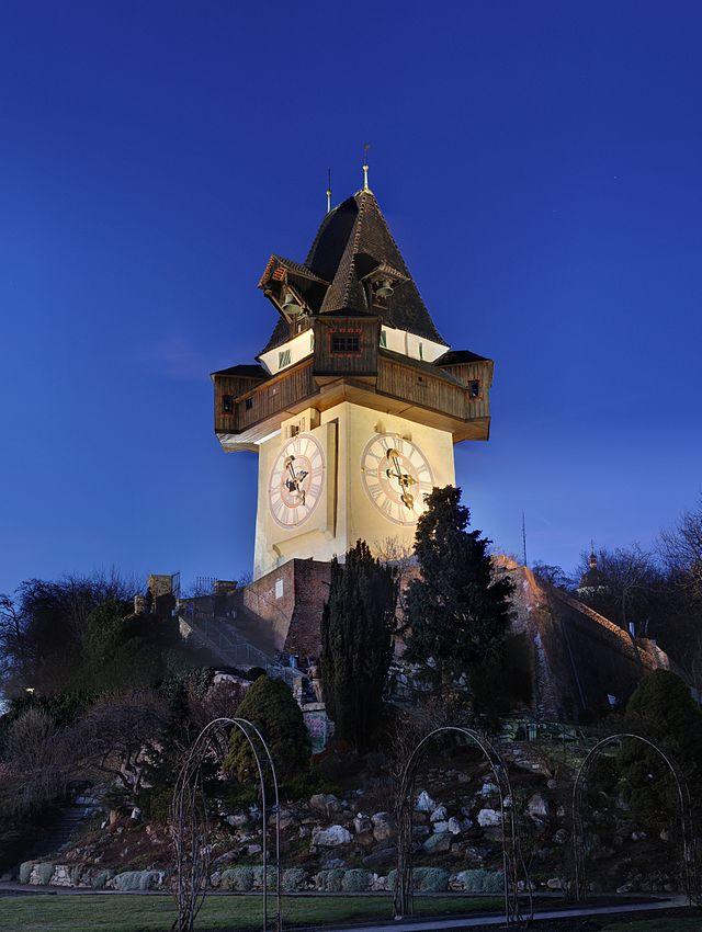 часовая башня грац фото