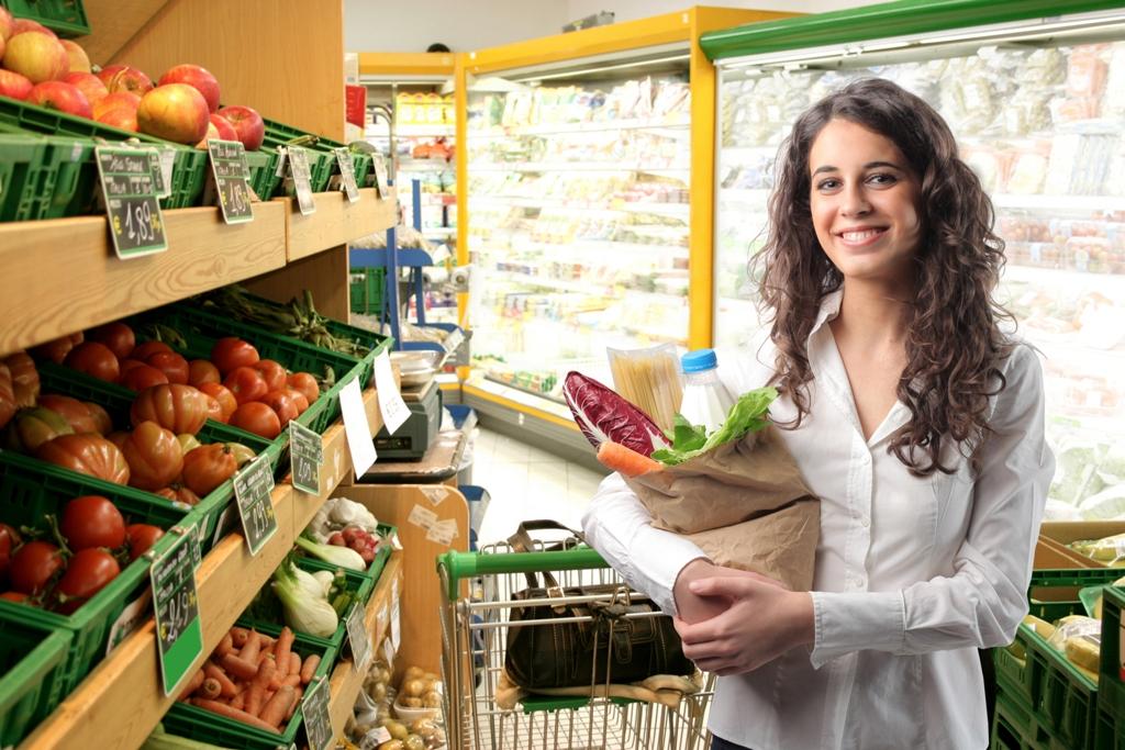 фотографии людей покупающих продукты того чтобы