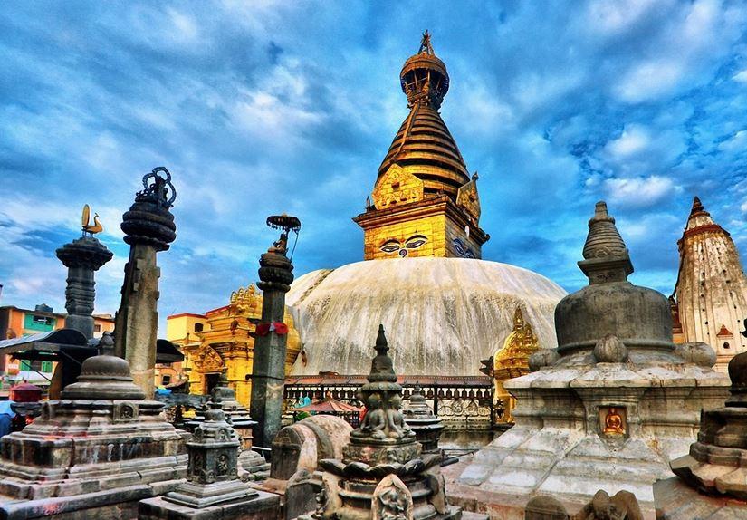храмы Непала