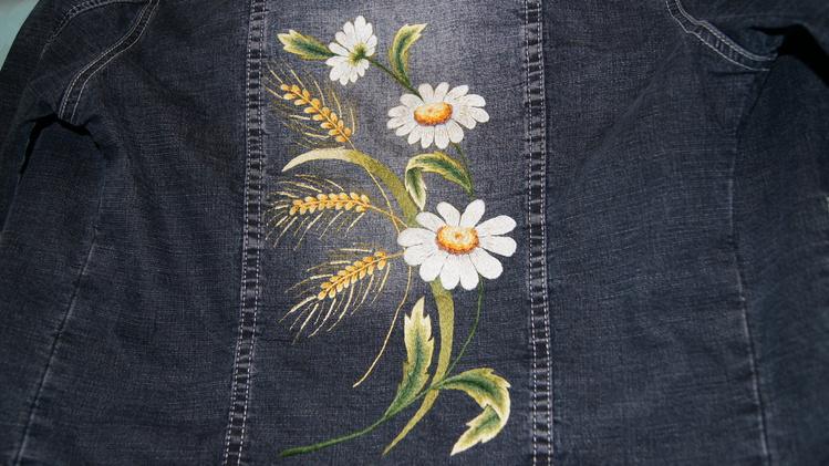 Схемы для вышивки на джинсах 90
