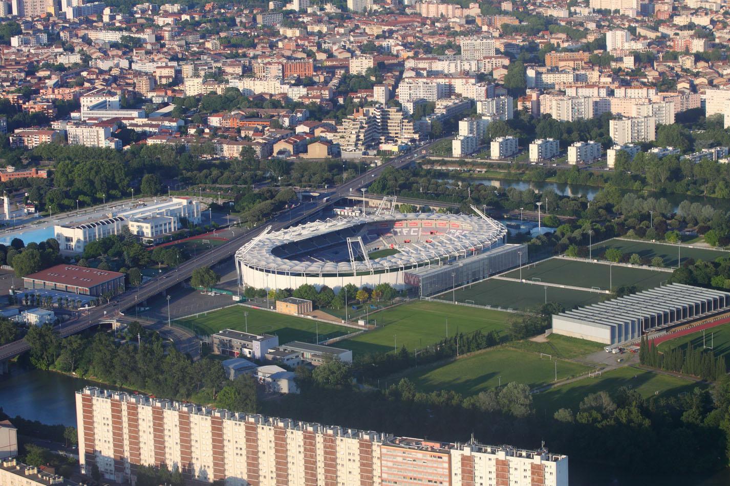 Муниципальный стадион Тулузы