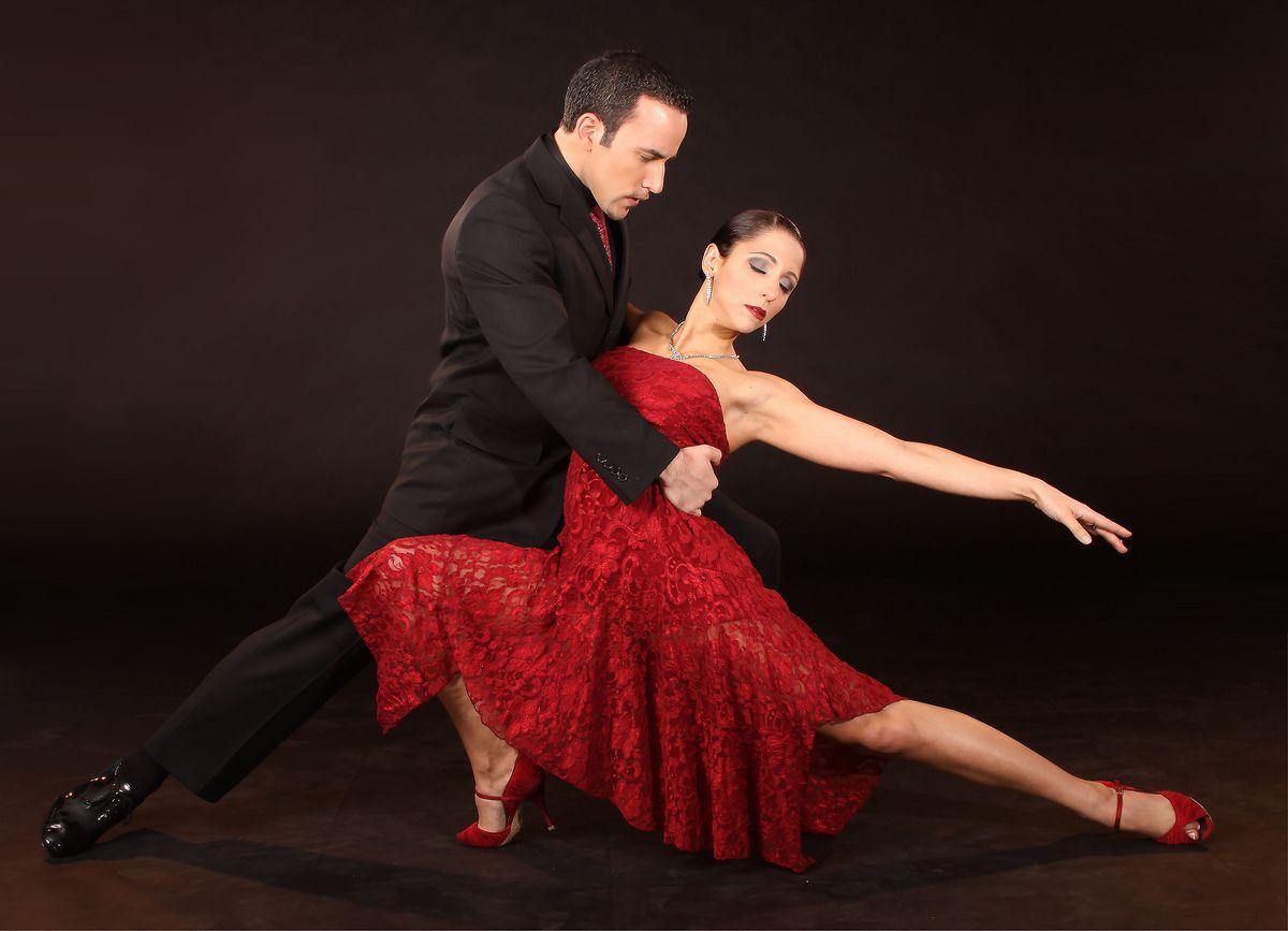 нет красивые картинки красивые танцевальные пары бурную общественно-политическую деятельность