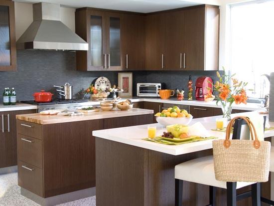 коричневый в кухне