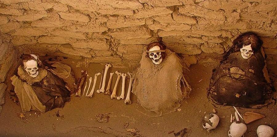 Кладбище в Перу