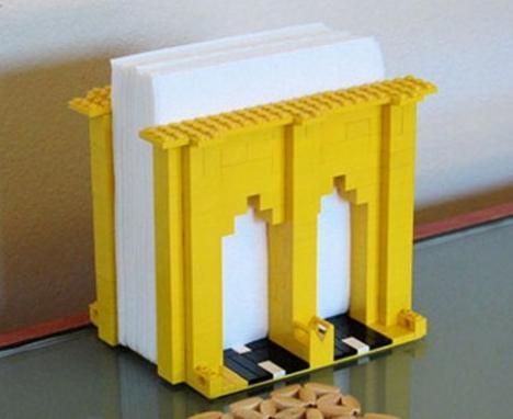 Три идеи предметов из Лего для кухни