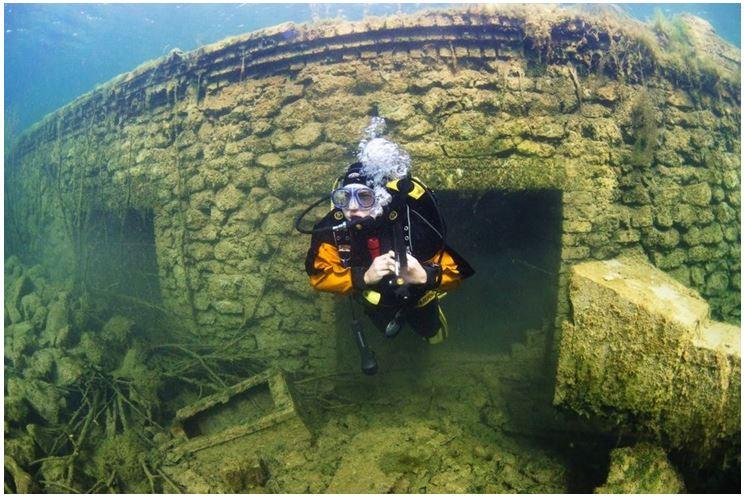 Мурру под водой