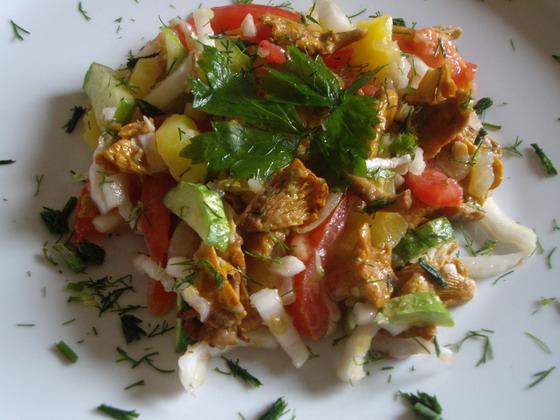 Салат с лисичками жареными рецепты с