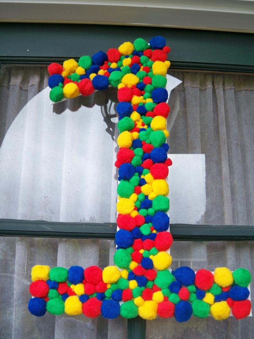 Из чего сделать цифру на день рождения своими руками