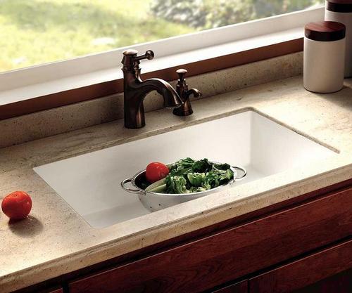 подоконник в современной квартире: подоконник на кухне, подоконник под раковиной