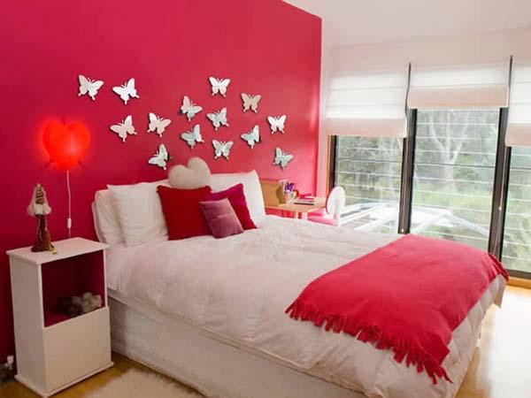 изображение бабочки в доме