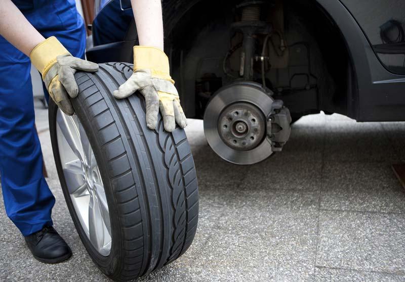 Как поменять резину на авто самому