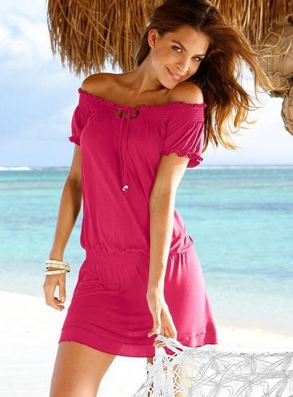 Как носить платья и блузки с вырезом