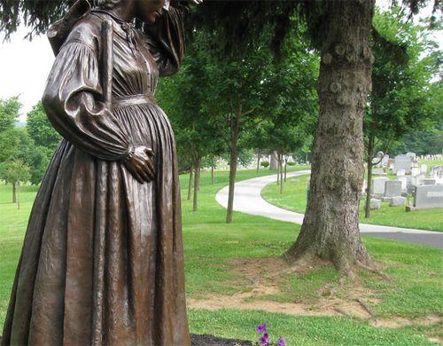 можно ли беременной ходить на кладбище