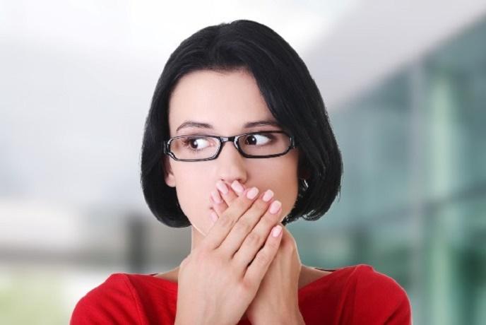как устранить запах изо рта по утрам