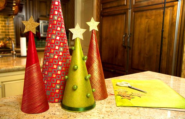 новогодняя елка из оберточной бумаги