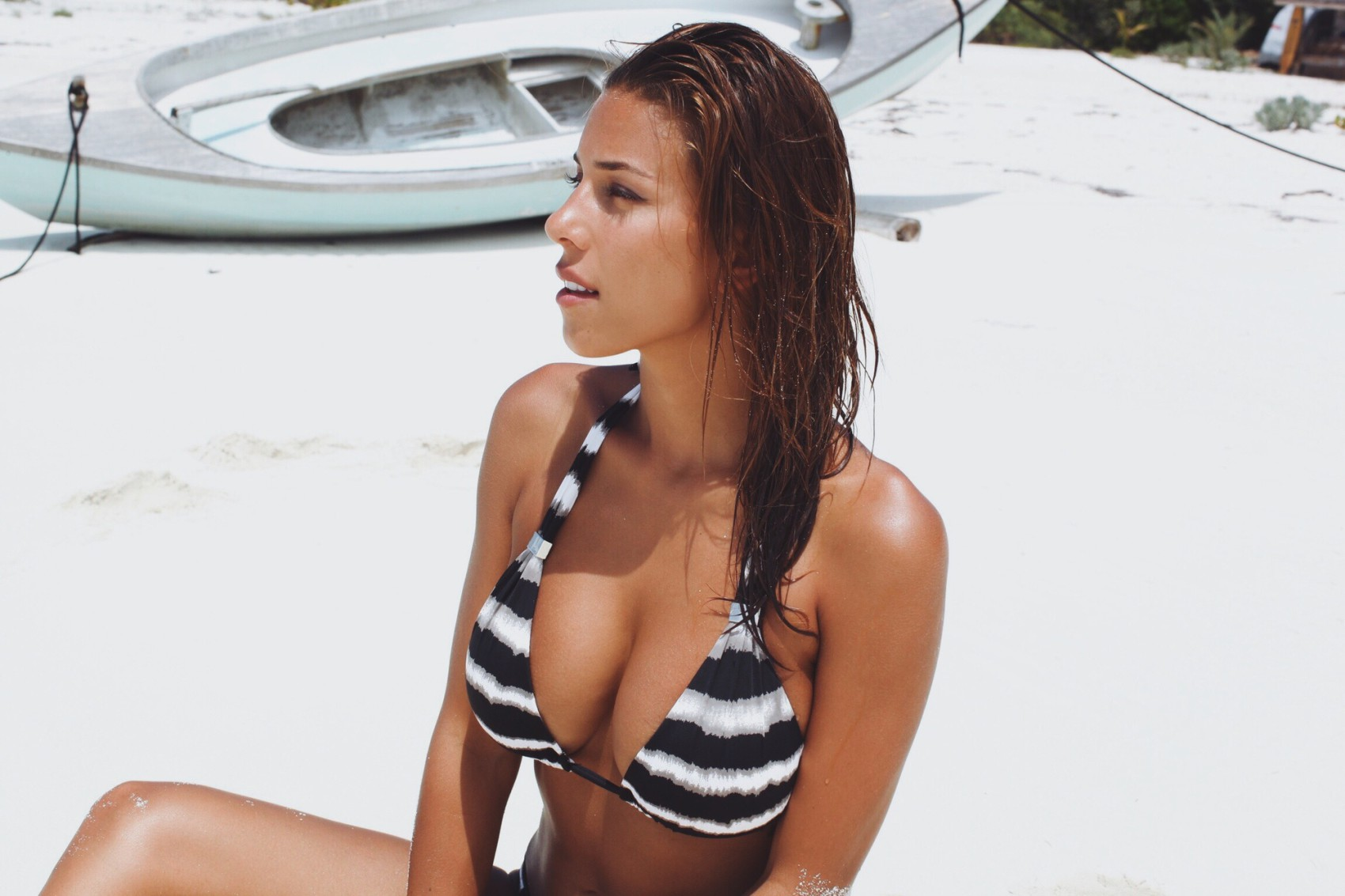 Cuban girl nude twerking