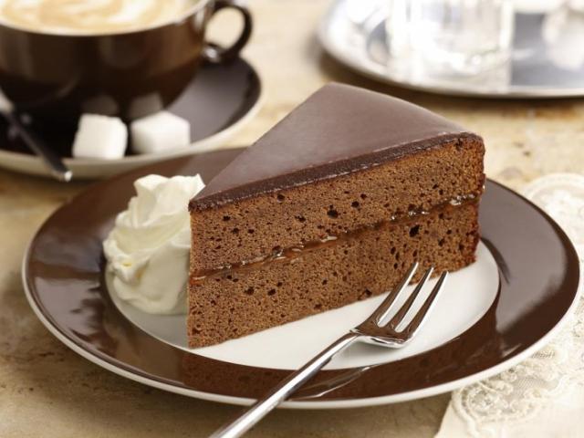 Zaher Cake