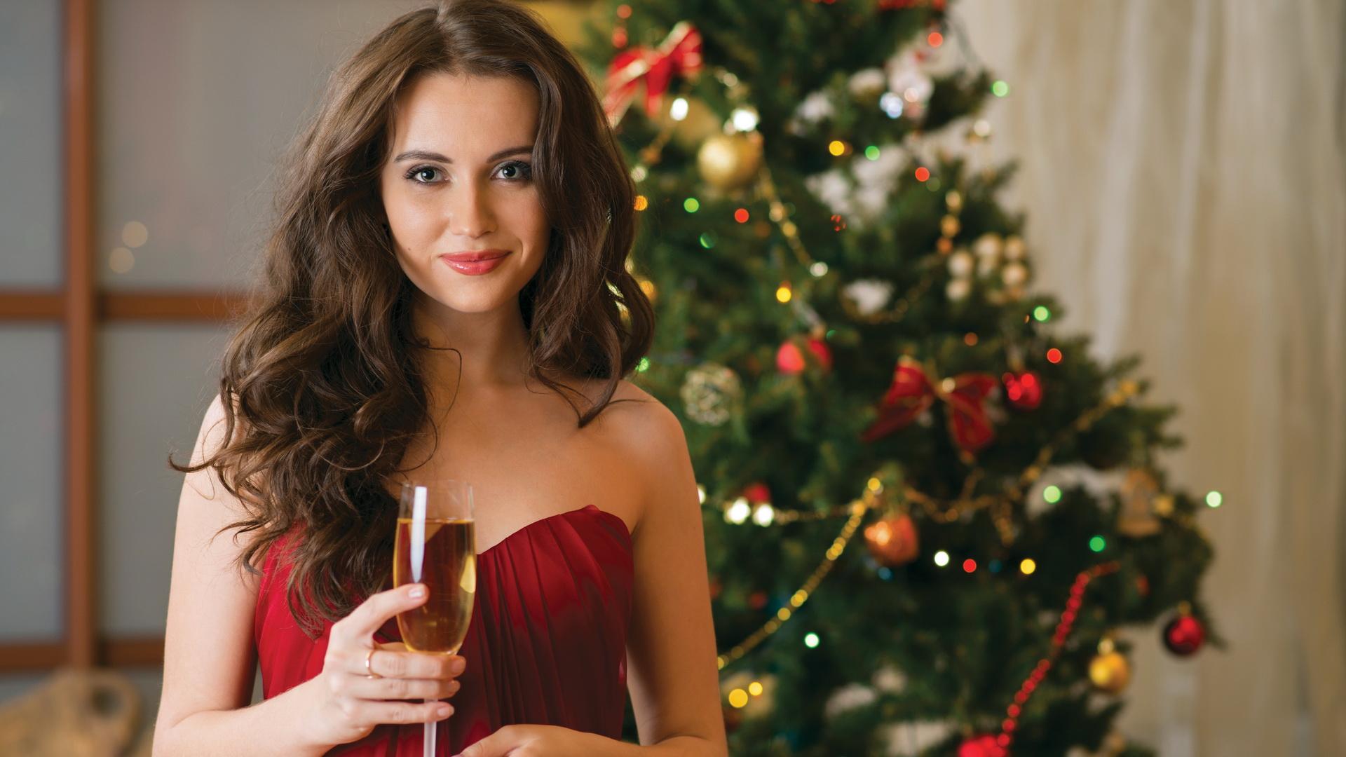 Девушка в новогоднюю ночь фото