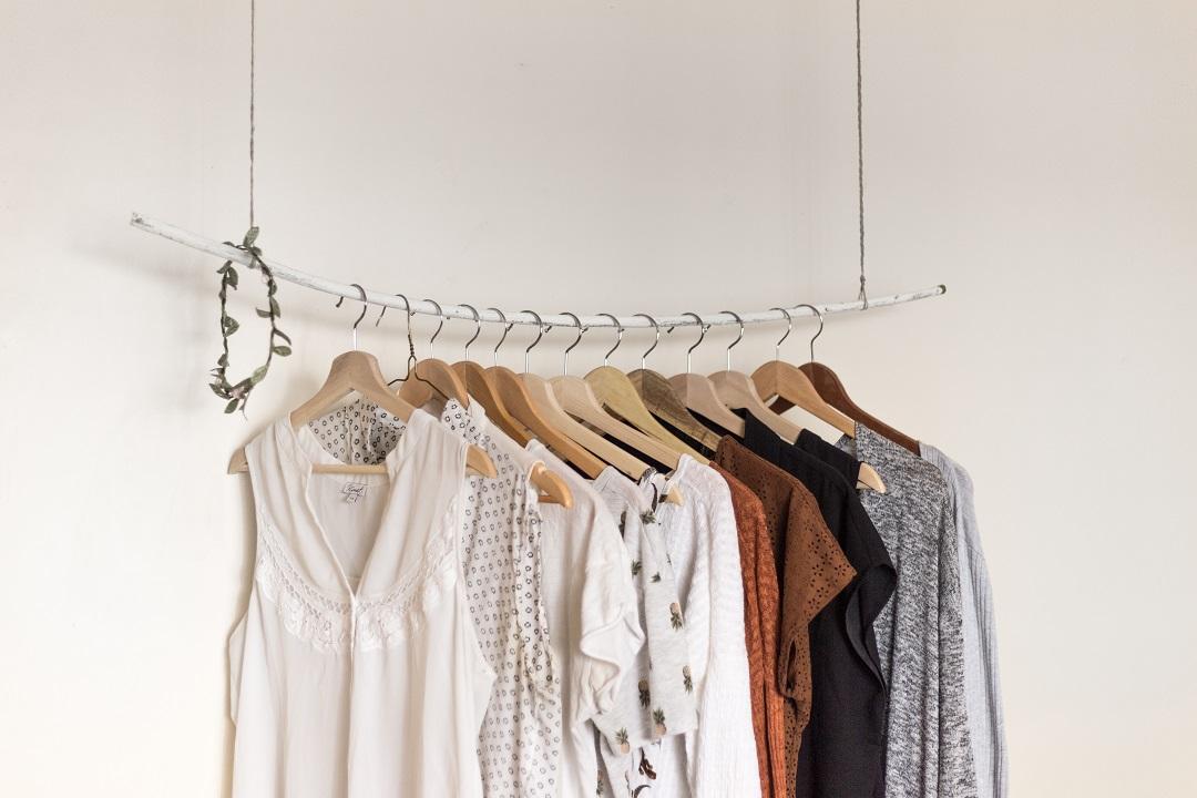 Минималистичный гардероб. Фото Priscilla du Preez