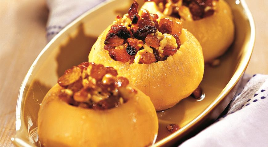 Особенно вкусной получается фаршированная репа, с начинкой из грибов, сыра и овощей.