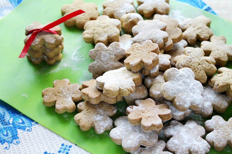 Печенье на огуречном рассоле с хлопьями