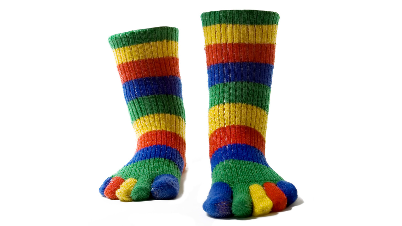 Разноцветные полосатые носки